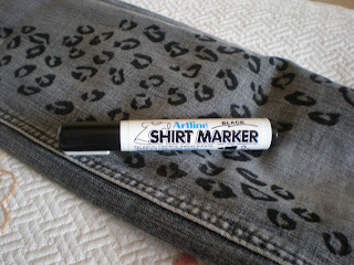how to paint on fabric, fabric marker,fashion diy, diy, how to,tutorial,
