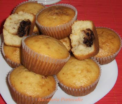 Articole culinare : Briose cu nutella
