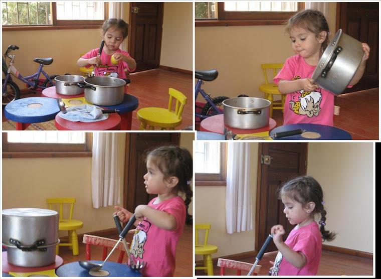 Rafaela cocinando