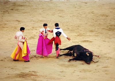 Javier Valverde tras matar al sexto del Marqués de Domecq