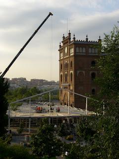 Obras de construcción de instalaciones para la Copa Davis junto a Las Ventas