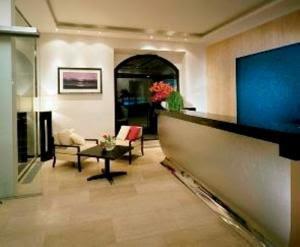 merrion_hotel_livingroom.jpg