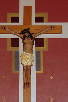 Jesus Crucified with four nails.