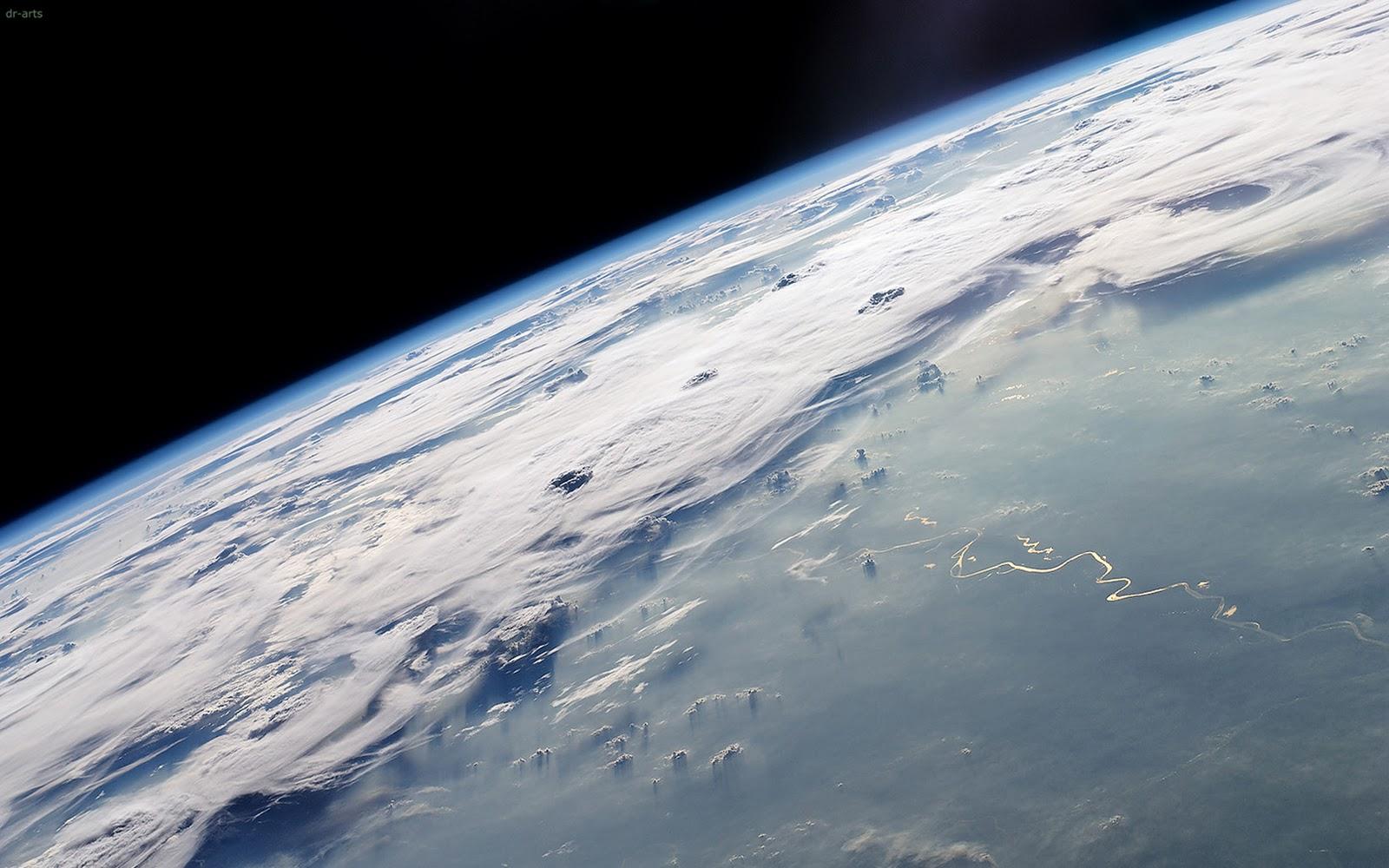 http://3.bp.blogspot.com/_-wodyymBlIY/TQ5HhirzTCI/AAAAAAAAIe4/qe8uxRzL8LM/s1600/Planeta_Terra_HD+%252810%2529.jpg