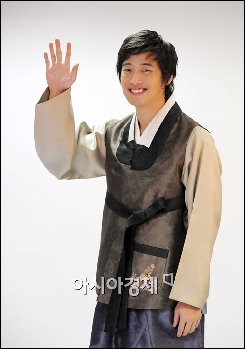 [kimjaewon-hanbok.jpg]