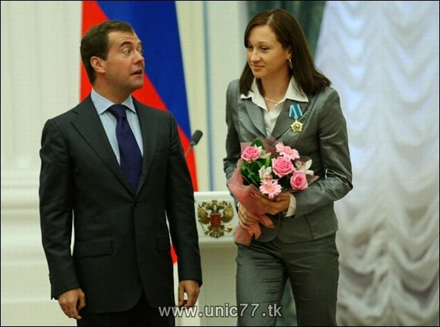 http://3.bp.blogspot.com/_-x7gqq9QJuA/TIBhoKP8f2I/AAAAAAAARio/2PTBBNHVjVE/s1600/russia_president_13.jpg