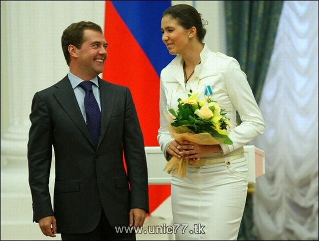 http://3.bp.blogspot.com/_-x7gqq9QJuA/TIBivgWKZfI/AAAAAAAARjA/Fc8HBzrVnzY/s1600/russia_president_10.jpg