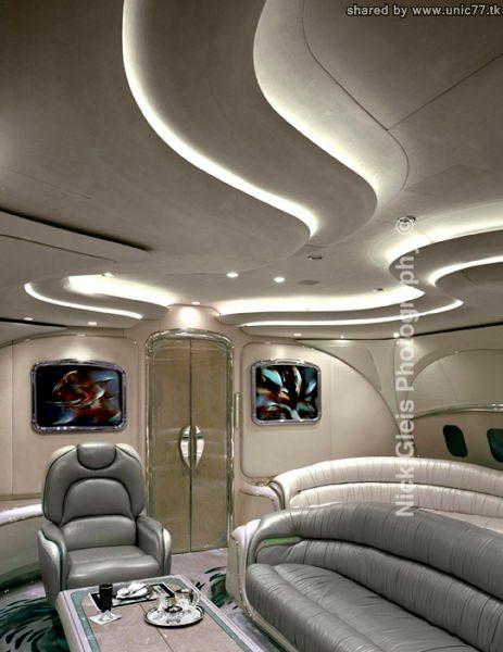 http://3.bp.blogspot.com/_-x7gqq9QJuA/TIHE9sQBecI/AAAAAAAASOQ/j450q0T_IHI/s1600/interiors_of_the_640_02.jpg