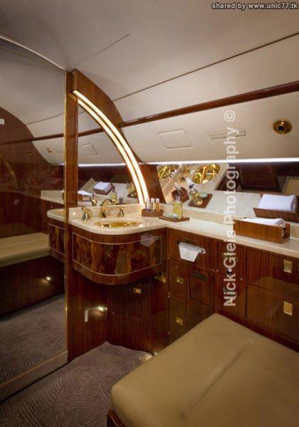 http://3.bp.blogspot.com/_-x7gqq9QJuA/TIHERGSPxiI/AAAAAAAASNQ/Dtl-9wK12ao/s1600/interiors_of_the_640_10.jpg