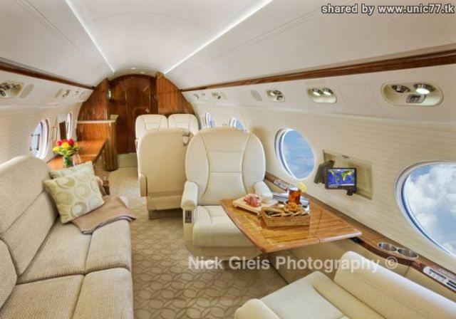 http://3.bp.blogspot.com/_-x7gqq9QJuA/TIHEo11MmXI/AAAAAAAASN4/SLQIOaYcU04/s1600/interiors_of_the_640_05.jpg