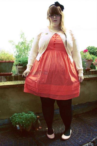 http://3.bp.blogspot.com/_-x7gqq9QJuA/TJrMUGDeD1I/AAAAAAAAUaY/vNN4eeRgLY4/s1600/stylish_fatty_640_21.jpg