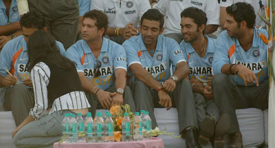 Sachin Tendulkar maintains - Whereas others?where are they looking at