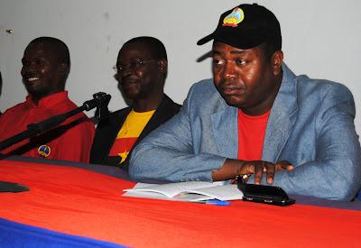 Dirigente do MPLA denuncia calúnias e intrigas dentro do partido