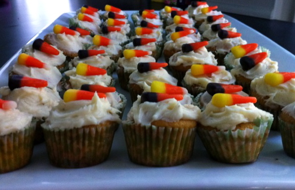 florida girl in dc: Pumpkin Cupcakes with Nutmeg Buttercream Frosting