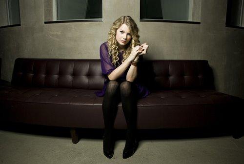 [Taylor+Swift.jpg]