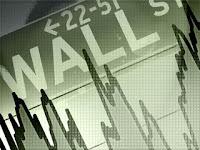 Abejas desertoras huyen del comunismo salvaje y bloquean la entrada del Wall Street