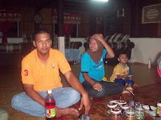 En Norhariry dan family,menjual kain pasang,tudung hubungi 019 2322439