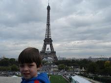 Nós na França, em...