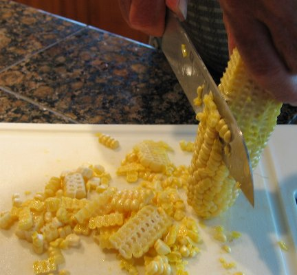Latin american cook maize our bread processing fresh corn is processed by simply scraping the kernels with a knife then kernel can be ground for cooking dry corn has to be boiled in lime ccuart Choice Image