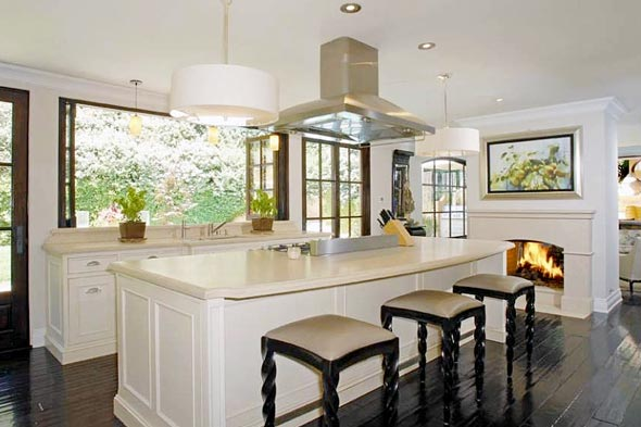 Kim Kardashian Home Interior Kitchen 590jn031910jpg