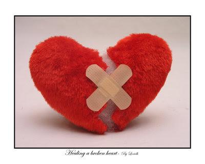 imagenes de corazones rotos de amor. imagenes de corazones rotos