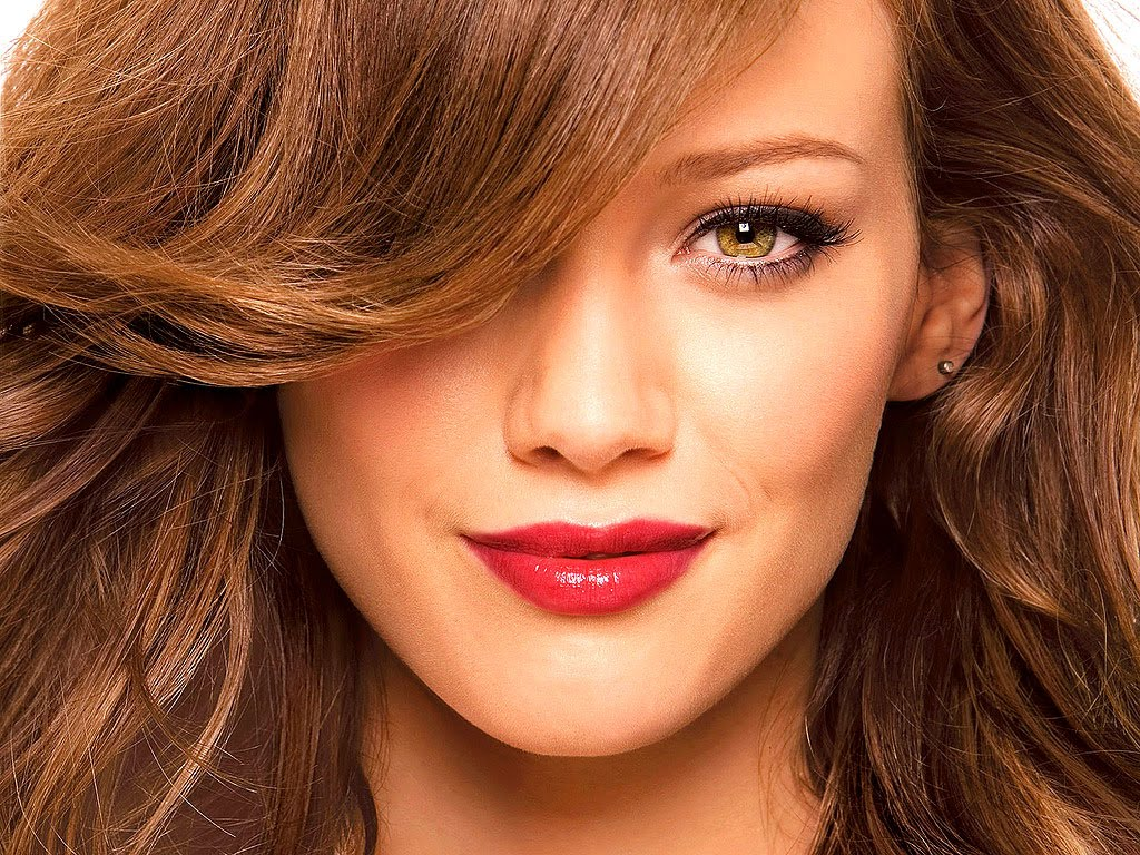 http://3.bp.blogspot.com/_04kZGR_ltmE/TL1FlZ32hEI/AAAAAAAAIcw/SM7HuLug-Mw/s1600/Hilary-Duff-Beautiful.jpg