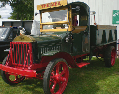 antique international trucks for sale. Old International trucks: hard to
