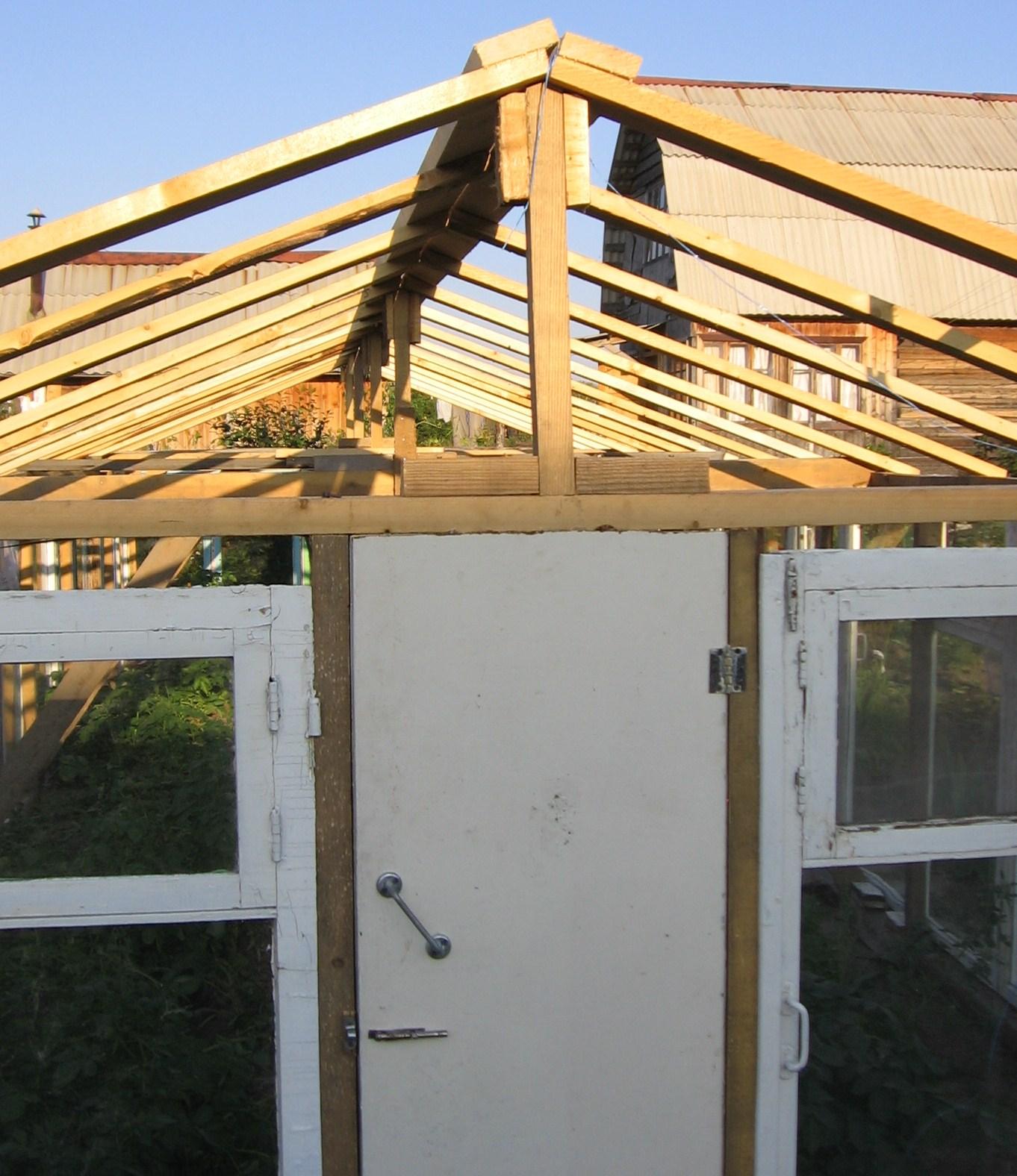 Как украсить свой балкон своими руками 28