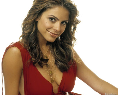 maria menounos naked