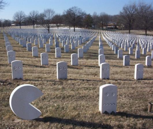 pac-man fantasma cemitério