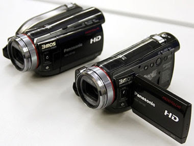 Panasonic HDC-SD100 and HDC-HS100