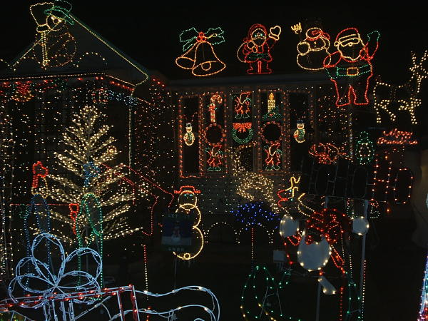Follow the Piper: CHRISTMAS LIGHTS!