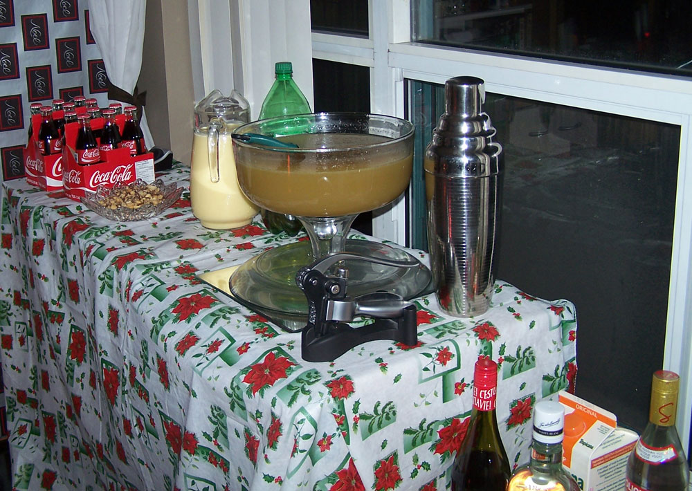 Some drinkies - Coke, eggnog, Christmas-Wreath Punch
