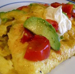Avocado Cheese and Sausage Omelette (Omelet Alpukat Keju Sosis)
