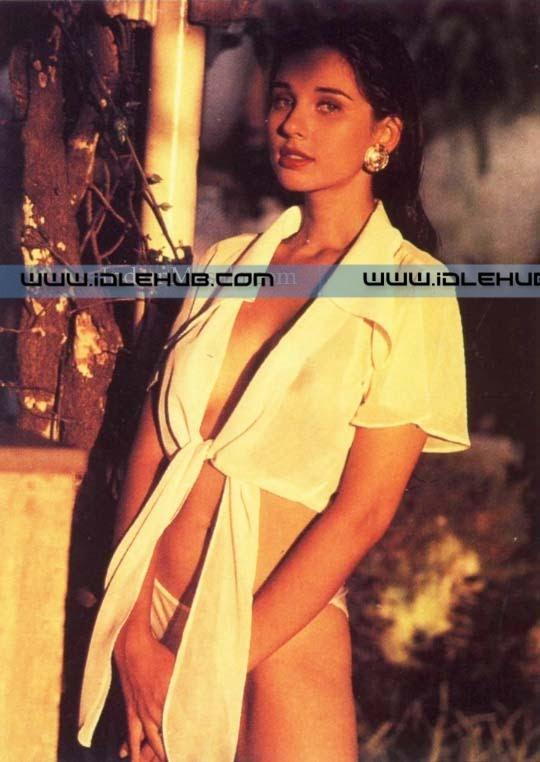 August 2009 | 100% Unseen Actress Models Tv Anchors WWE Divas Hot ...