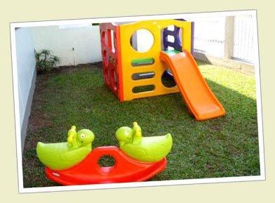 Playground com gangorra