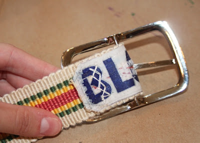 Sew buckle - DIY Tutorial via lilblueboo.com