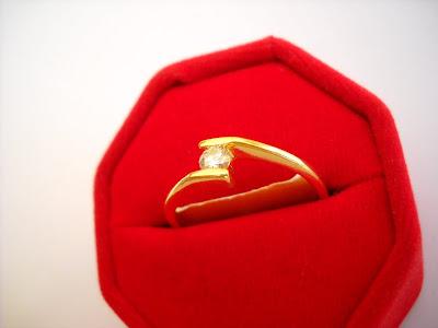 Cincin berlian emas 750