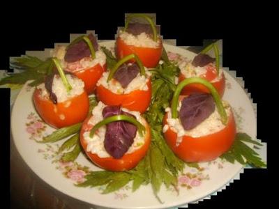 Articole culinare : Rosii umplute cu maioneza si orez, Aperitiv