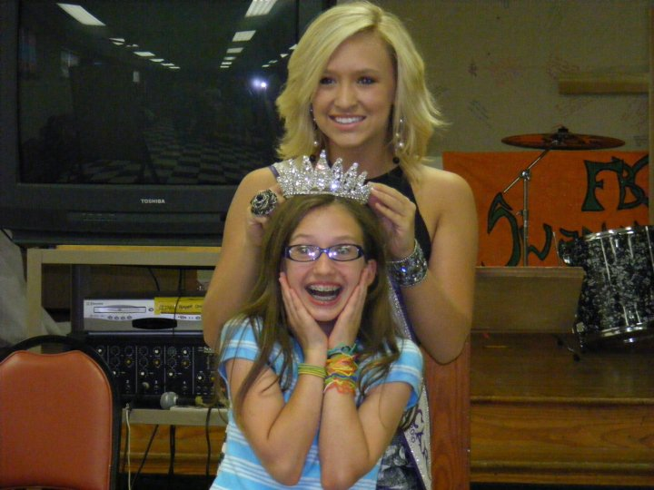 Miss Teen North Carolina International speaks to the youth at Swannanoa ...