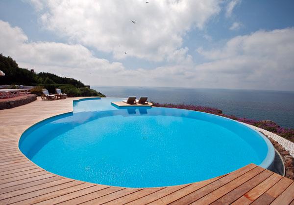 Il mio carnet di viaggio piscine da sogno for Piscine da sogno e da record