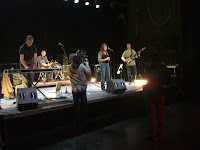 Young Marble Giants soundcheck at HAU2, Berlin; photo by Val Phoenix