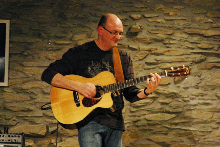 Photos de concert (suite): Guitare, composition: Jacques Stozem