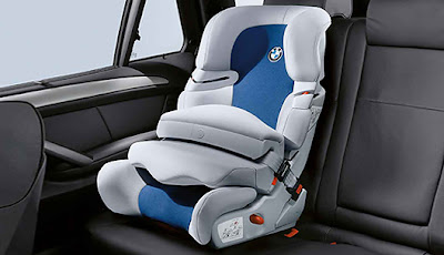 bmw junior seat i ii for the bmw x5 cars pictures and. Black Bedroom Furniture Sets. Home Design Ideas