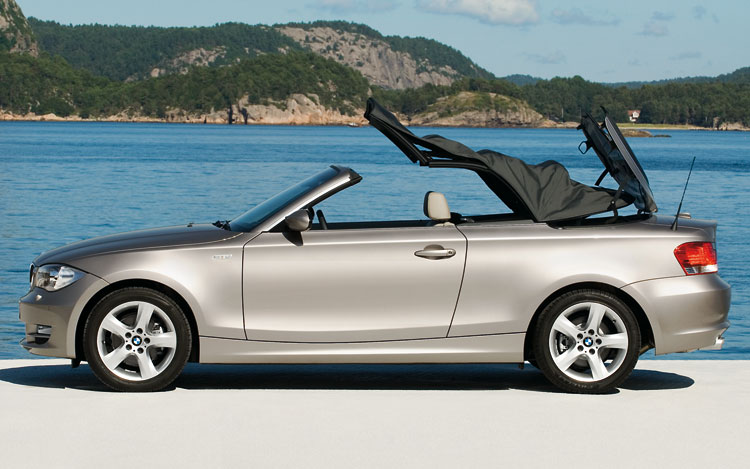 The 128i Convertible is powered by BMW's 3.0-liter, 230 horsepower inline