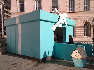 The tiffany pop up store at somerset house the wonder of for Creative pop up shops