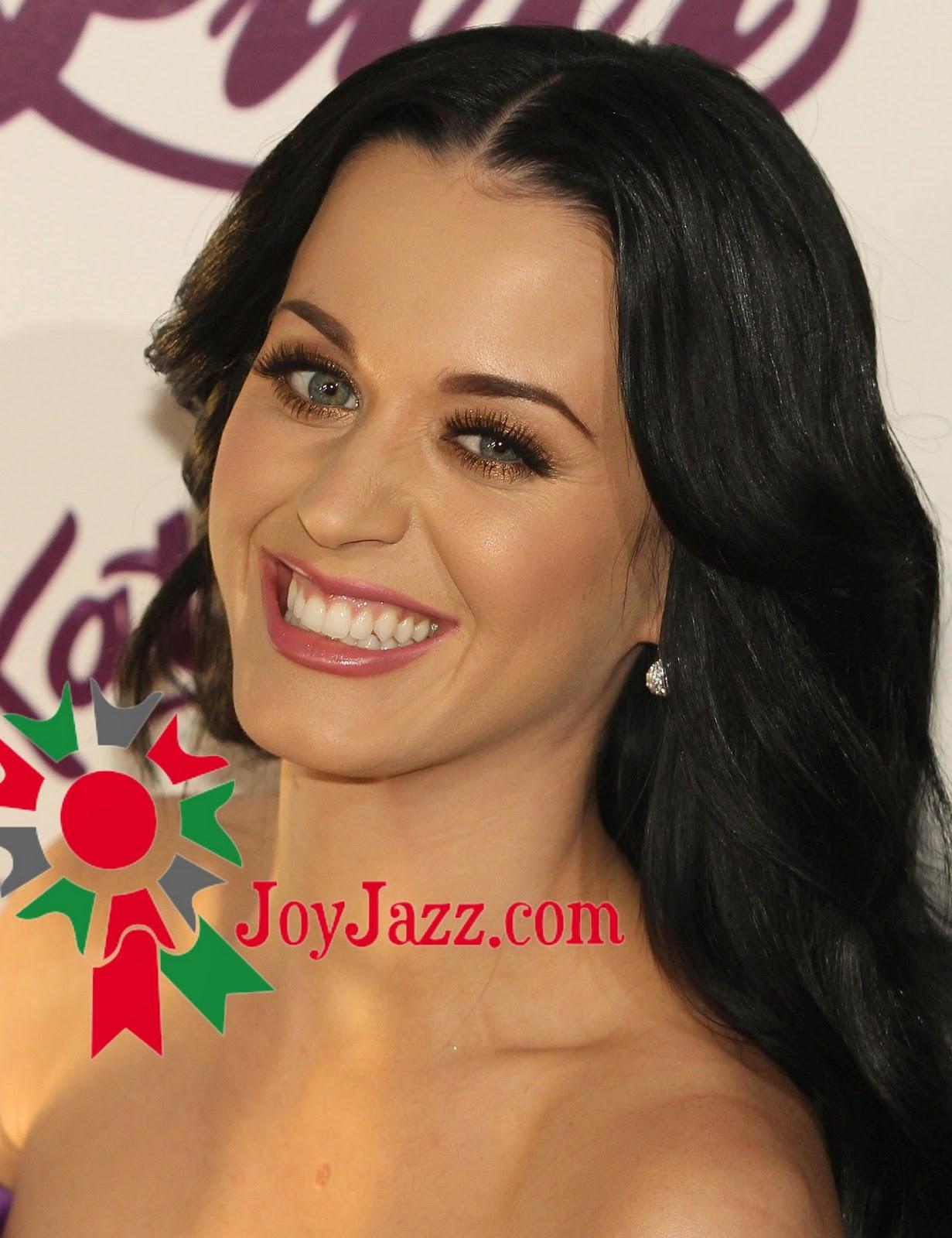 http://3.bp.blogspot.com/_0LdSrYkvVVk/TVLXW7X5boI/AAAAAAAACVY/A-eovXaYPHo/s1600/Katy-Perry-111.jpg