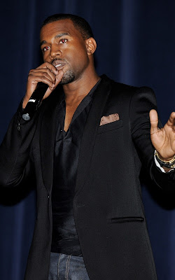 Kanye West will be performing at this year's Macy's Thanksgiving Day