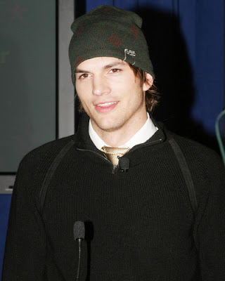 Ashton Kutcher Hot Pics