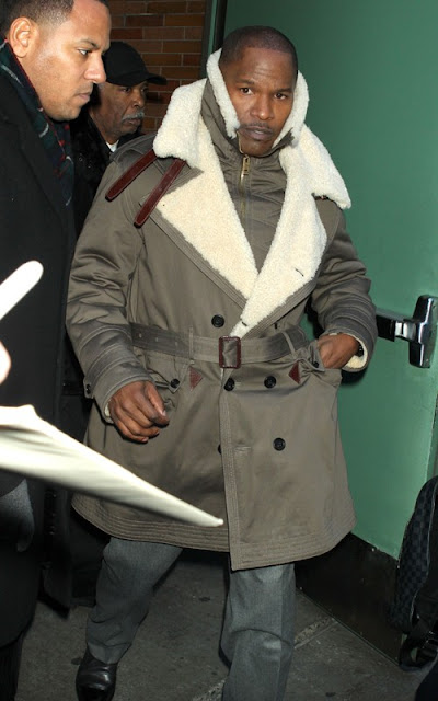 Jamie Foxx out promoting at GMA Pics
